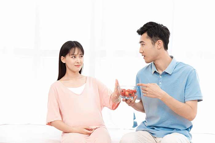 怀孕期间孕妈妈过多补充营养对孕妈妈和胎儿有什么影响