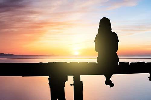 具荷拉自杀,抑郁症到底有多可怕?