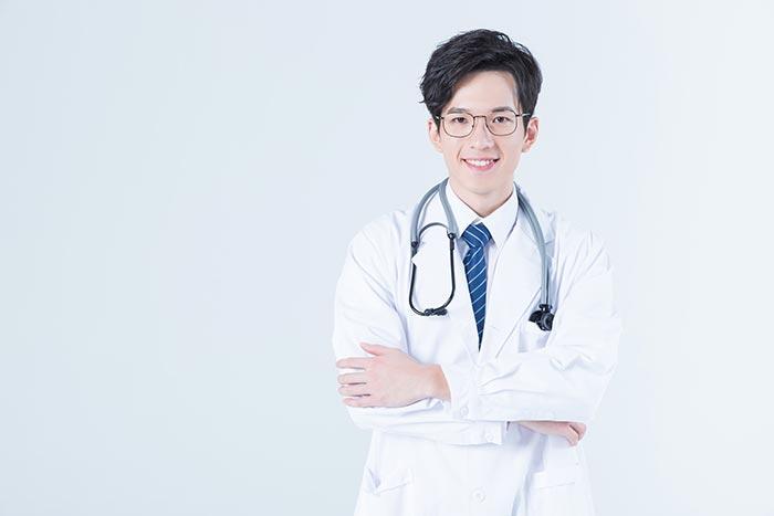 57岁庾澄庆再次当爸,妻子高龄孕妈必须香港无创DNA吗?